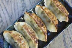 Traditionella Gyoza i en japansk restaurang Royaltyfria Bilder