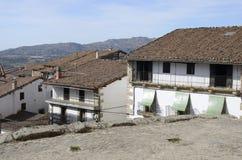 Traditionella hus i Candelario Arkivbild