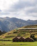 Traditionella hus i Chinchero, Peru Arkivbilder