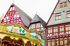 Traditionella hus i Frankfurt - f.m. - strömförsörjning, Tyskland arkivfoto