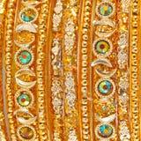 Traditionella indiska armringar Arkivfoto