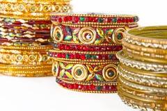 Traditionella indiska armringar Arkivbild