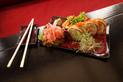 traditionella japanska sushi Arkivbild