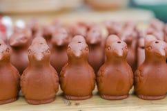 Traditionella keramiska visslingar Royaltyfri Foto