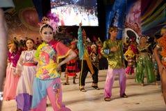 traditionella kinesiska dansare Royaltyfri Foto
