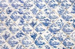 Traditionella kinesiska keramiska tegelplattor Arkivbilder