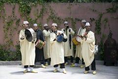 Traditionella marockanska musiker royaltyfri foto
