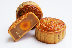 traditionella mooncakes Arkivbilder