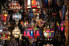 Traditionella moroccan lampor Arkivbilder