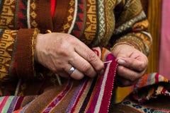 Traditionella peruanska textiler Royaltyfri Bild