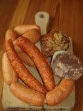 Traditionella rökte köttprodukter Royaltyfri Foto