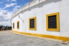Traditionella spanska byggande Seville sydliga Spanien Fotografering för Bildbyråer