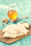 Traditionella spanska Turon, en söt maträtt med honung och mandlar Royaltyfria Foton