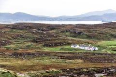 Traditionella stugor i Irland Arkivbilder