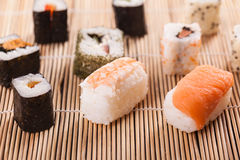 traditionella sushi royaltyfri foto