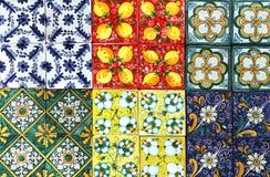 Traditionella tegelplattor, från Sicilien royaltyfria foton