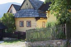 Traditionella trähus Arkivbild
