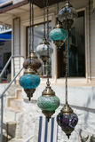 Traditionella turkiska glass mosaiklampor Arkivbild
