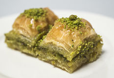 Traditionella turkiska sötsaker - baklava Royaltyfri Foto