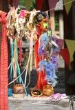 Traditionella ukrainska souvenir på mässan Nationella hantverk Arkivfoton