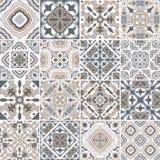 Traditionella utsmyckade portugisiska dekorativa tegelplattaazulejos abstrakt bakgrund Dragen illustration för vektor som hand är Arkivbilder