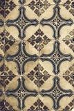 Traditionella utsmyckade portugisiska dekorativa tegelplattaazulejos för tappning Royaltyfria Foton
