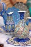 Traditionella ware för blåttarabiskaporslin Arkivbild