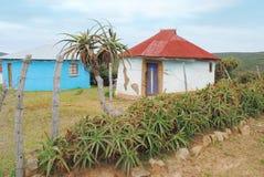 Traditionelle afrikanische Hütte Lizenzfreie Stockbilder