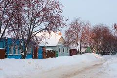 Traditionelle alte russische Häuser Lizenzfreies Stockfoto