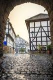 Traditionelle Architektur bei historischem Blankenberg, Deutschland Stockbilder