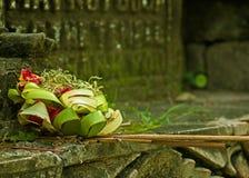 Traditionelle Balineseangebote lizenzfreie stockbilder