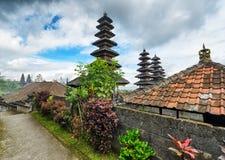 Traditionelle Balinesearchitektur. Der Pura Besakih-Tempel Stockbilder