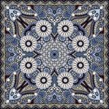 Traditionelle dekorative Blumen-Paisley-Bandanna Stockbild