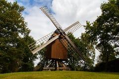 Traditionelle deutsche Windmühle lizenzfreies stockbild