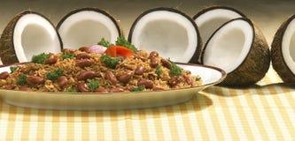 Traditionelle dominikanische Mahlzeit stockfoto