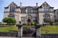 Traditionelle englische Villa Lizenzfreies Stockbild