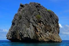 Traditionelle filippino Insel im Meer, Philippinen Lizenzfreies Stockfoto