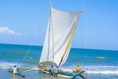 Traditionelle Fischenkatamaran Sri Lankan Lizenzfreie Stockbilder