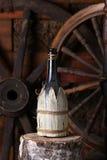 Traditionelle Flasche Wein Stockbilder