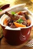 Traditionelle französische Küche - Huhn im Wein lizenzfreie stockbilder