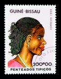 Traditionelle Frisur, serie der Tag der internationalen Frauen, circa 19 Lizenzfreie Stockbilder