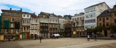 Traditionelle galizische Architektur in Viveiro Stockfoto