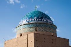 Traditionelle Gebäude des luftgetrockneten Ziegelsteines in Yazd Lizenzfreie Stockbilder