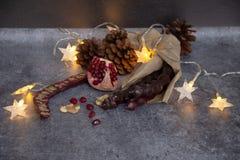 Traditionelle georgische Kerze-f?rmige S??igkeit Churchkhela stockfotografie