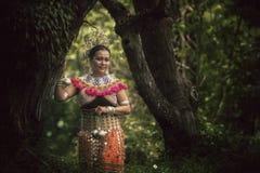 Traditionelle Gewohnheit Borneos Stockfotografie