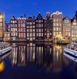 Traditionelle Häuser von Amsterdam Stockfotografie