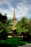 Traditionelle hölzerne Kirche in Rumänien. Stockfoto