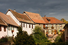 Traditionelle Half-Timbered Architektur in Elsass Stockfotografie