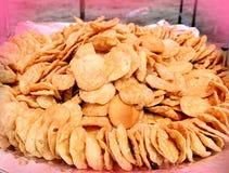 Traditionelle indische Gujaratinahrungsmittelgesalzener würziger Imbiss stockbilder
