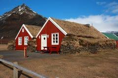 Traditionelle isländische Häuser Stockfotos